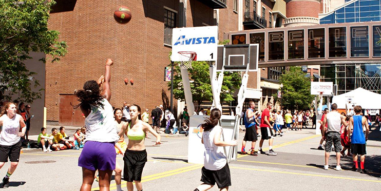 People playing basketball at Hoopfest